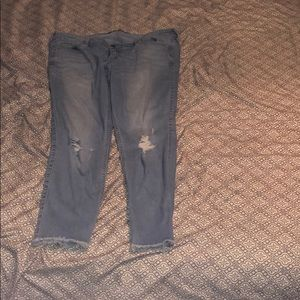 hollister low rise cropped jeans
